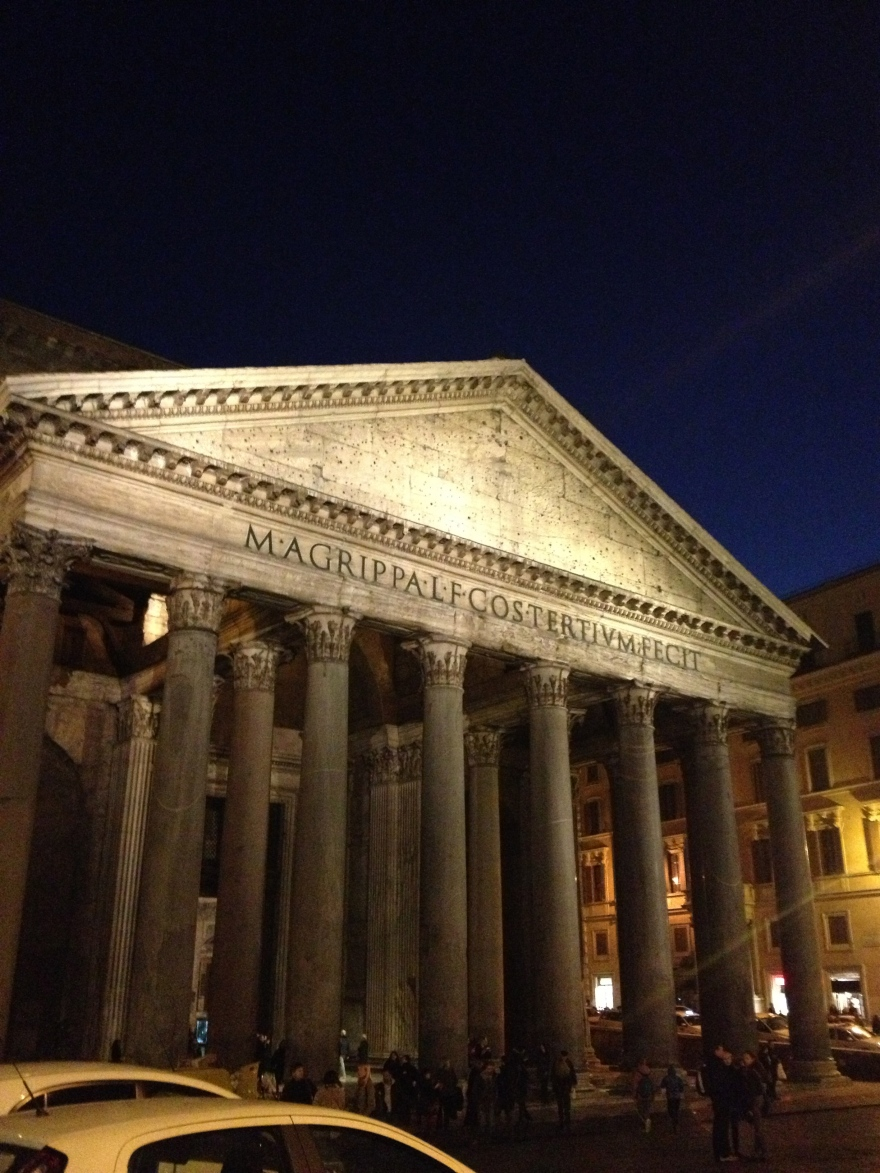Lazy walk in rome - Pantheon